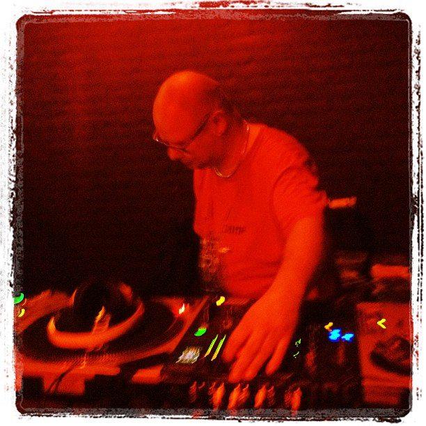 DJ SVN